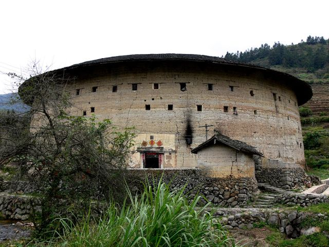 The five-story tulou of Youchanglou. Cannon could be mounted in the upper embrasures.