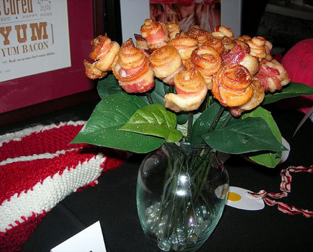 Bacon bouquet, [via  ThisIsWhyYou'reFat  ]