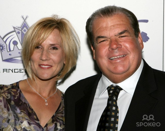 Bruce McNall and wife at a dinner given by Luc Robitaille in 2007 [content ©2014 W.E.N.N]