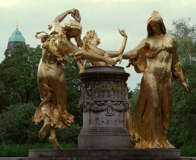 Dresden-Mozartdenkmal